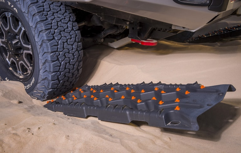 4x4 recovery equipment